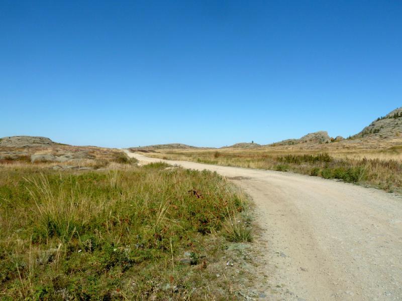 20150918. Северо-западный въезд внутрь массива гор Баянаульских.