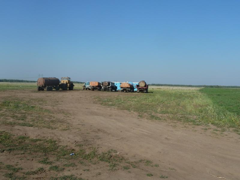 20110812. Павлодар-Астана. Водопои села Херсоновка.