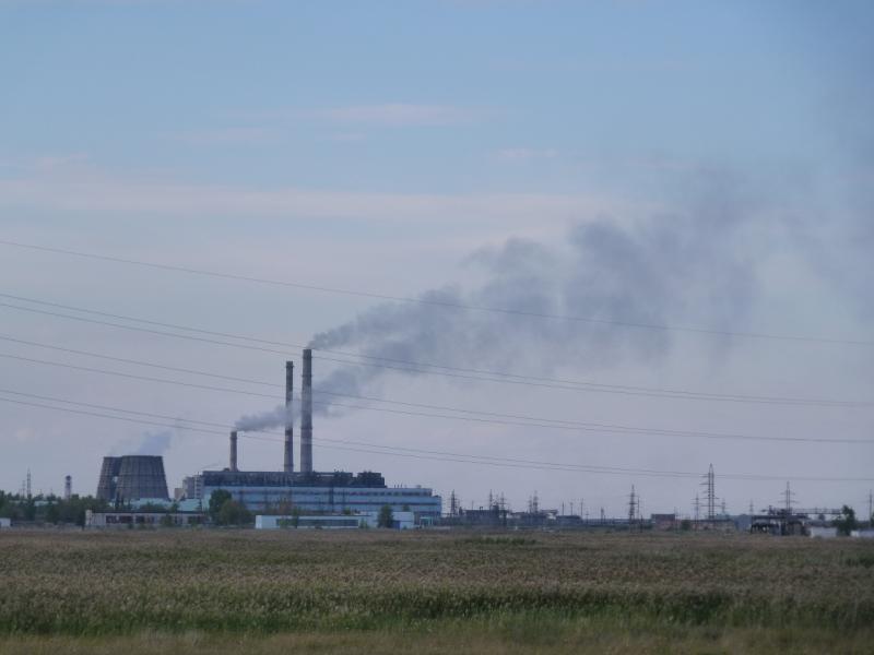 20110822. Боровое-Павлодар. Виды промышленностей Аксу, что под Степногорском.