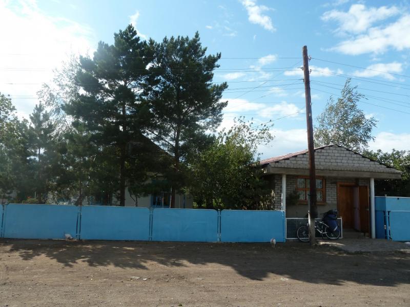 20110824. Боровое-Павлодар. Магазин в селе Шолаксор.