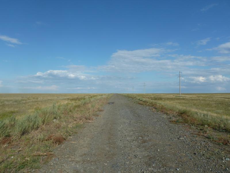 20110824. Боровое-Павлодар. Грейдерка от села Шолаксор на Актогай.