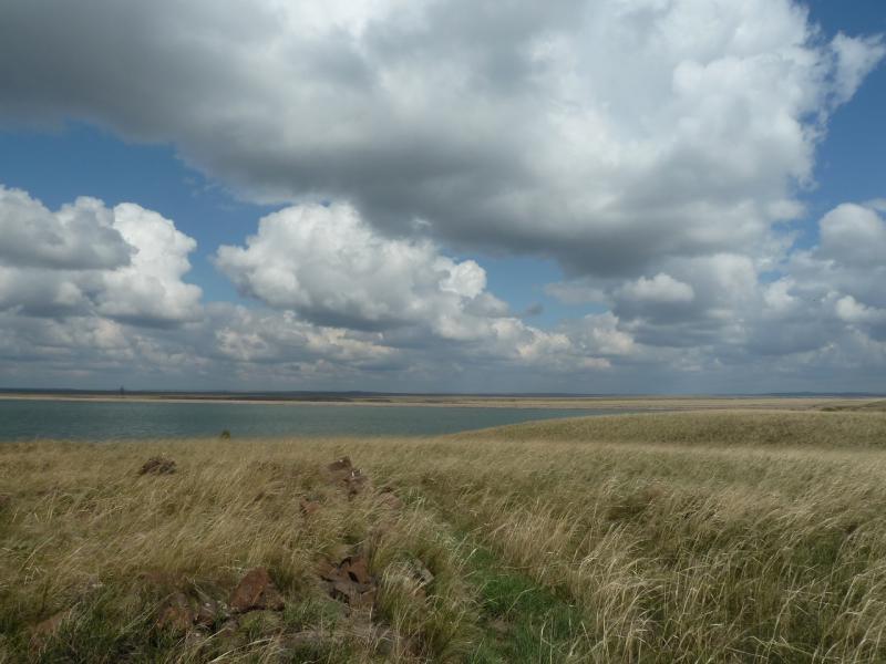 20120506. Канал Иртыш-Караганда: водохранилище гидроузла #4.
