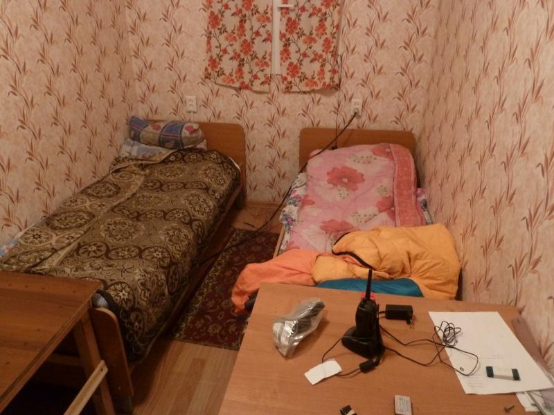 20120506. Канал Иртыш-Караганда: спальная комната для ИТР в