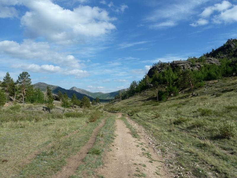 20120508. В Баянаул: дорога в долину Жамбак, напрямую, с северо-запада.
