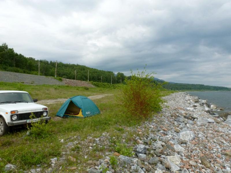 20180624. Вид на место ночёвки на берегу озера Байкал неподалеку от устья речушки Малиновка.