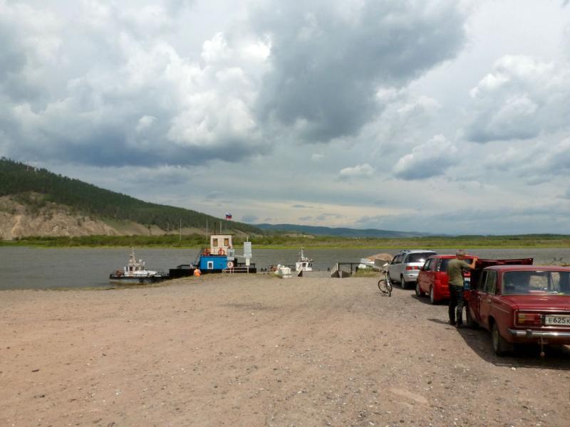 20180624. Паромная переправа через реку Селенга, в посёлке Татаурово.