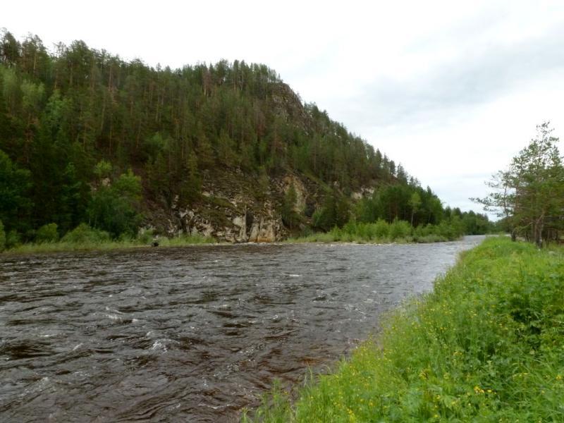 20180625. Левый рукав реки Баргузин, прижим у Икатского горного хребта.