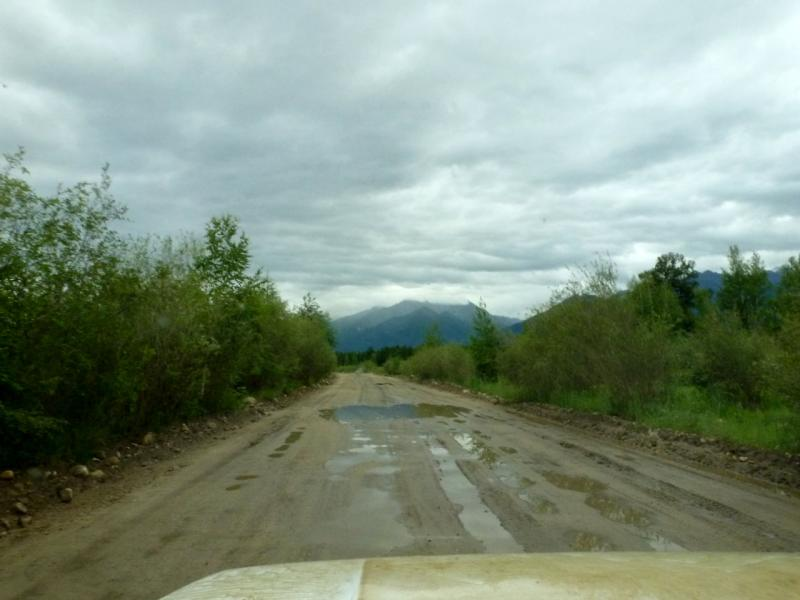20180625. Мчим на юг, знакомой дорогой вдоль Баргузинского хребта.