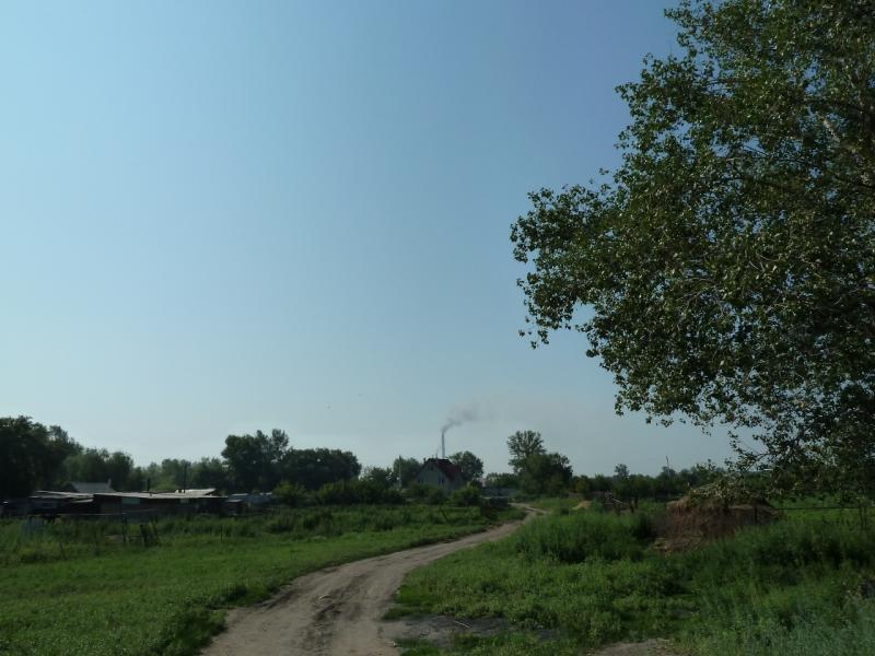 20120715. Павлодар-Аксу: улица посёлка Аксу.