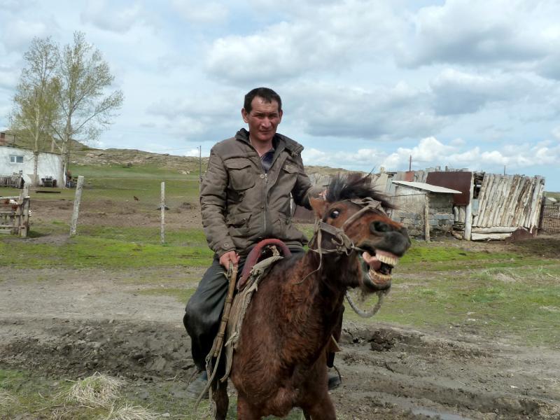 20130426. В селе Койтас.