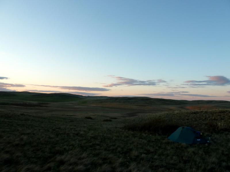 20130428. Вид на место ночной стоянки в холмах, в десяти километрах от Каркаралинска.