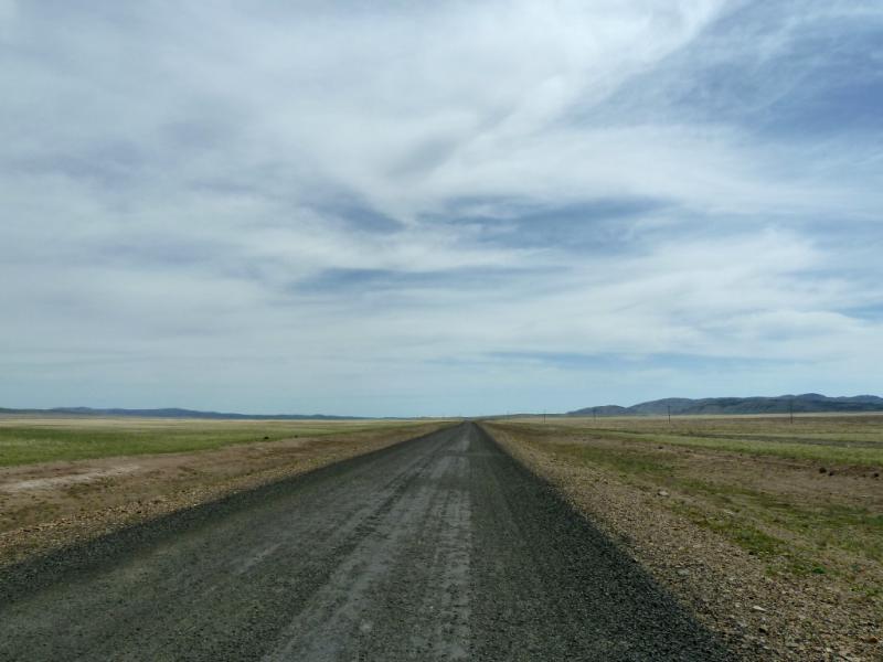 20130502. Обновлённая асфальтовая дорога от села Нуркент в Айбыз.