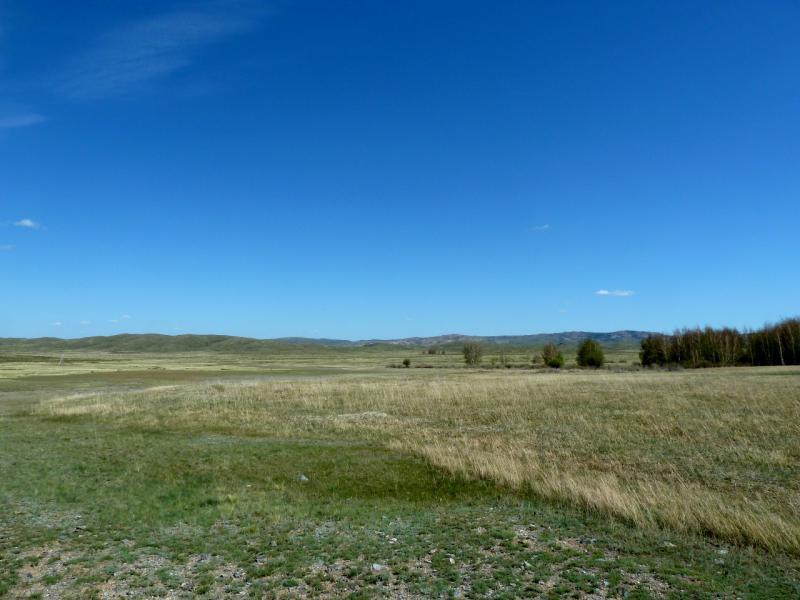 20130503. В долине между горами Токсай и Карашокы.