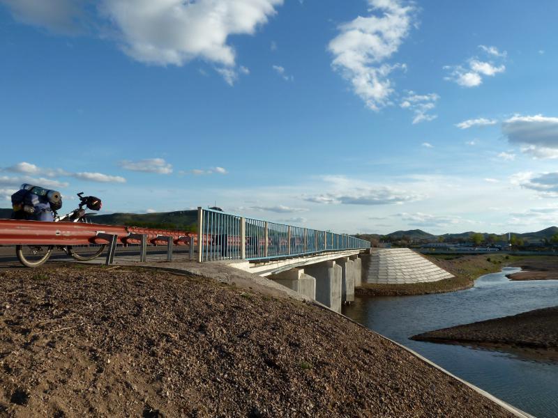 20130504. Мост через реку Токрау в селе Актогай (Карагандинская область).