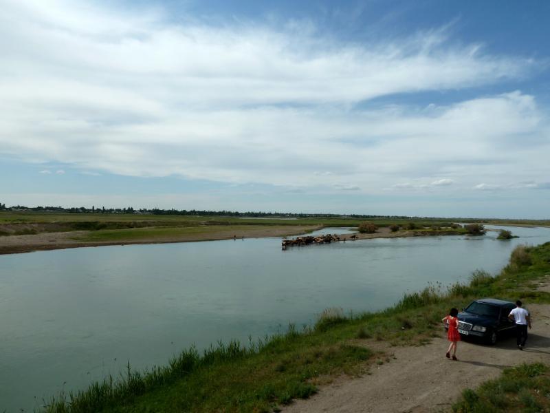 20130511. Вид на реку Чу, с автомобильного моста.