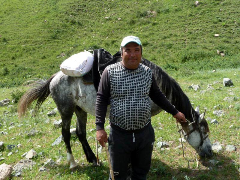 20130516. Чабан села Актерек.