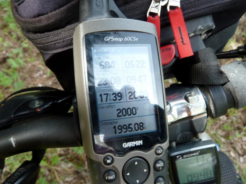 20130519. Первые честные велосипедные две тысячи в горах.