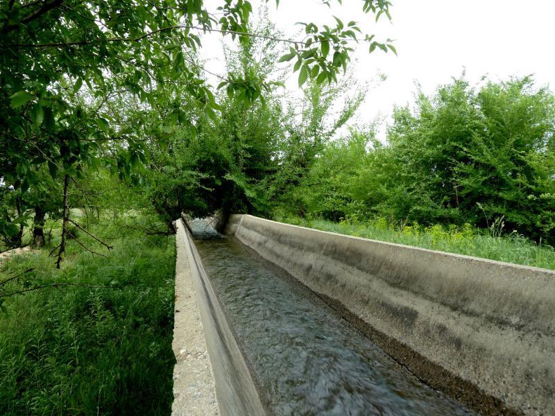 20130519. Оросительные каналы в местности Тургень.