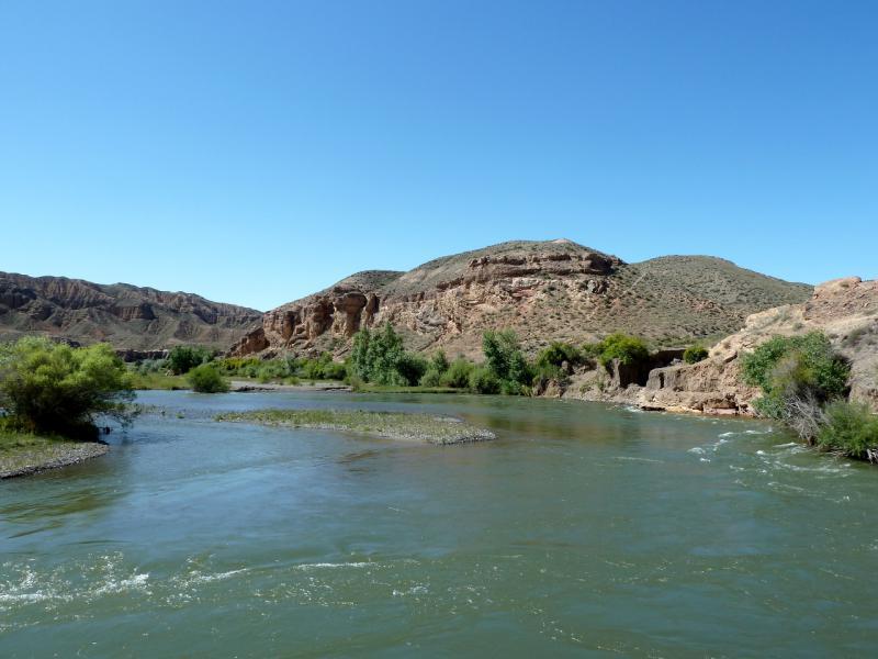 20130522. Вид на реку Чарын в урочище Куртогай.