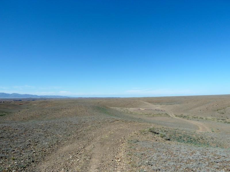 20130522. Дорога вдоль бартогайского каньона.