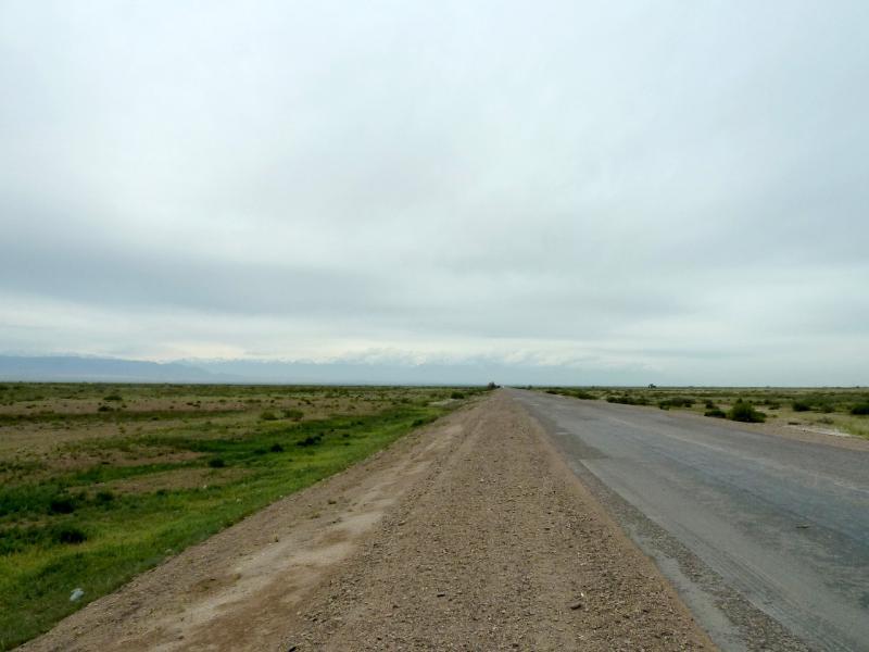 20130524. Дорога от моста через Или по направлению к посёлку Коктал.