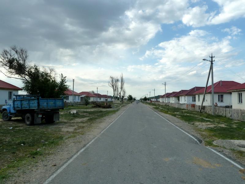 20130529. В селе Кызылагаш, версия 2014-го года.