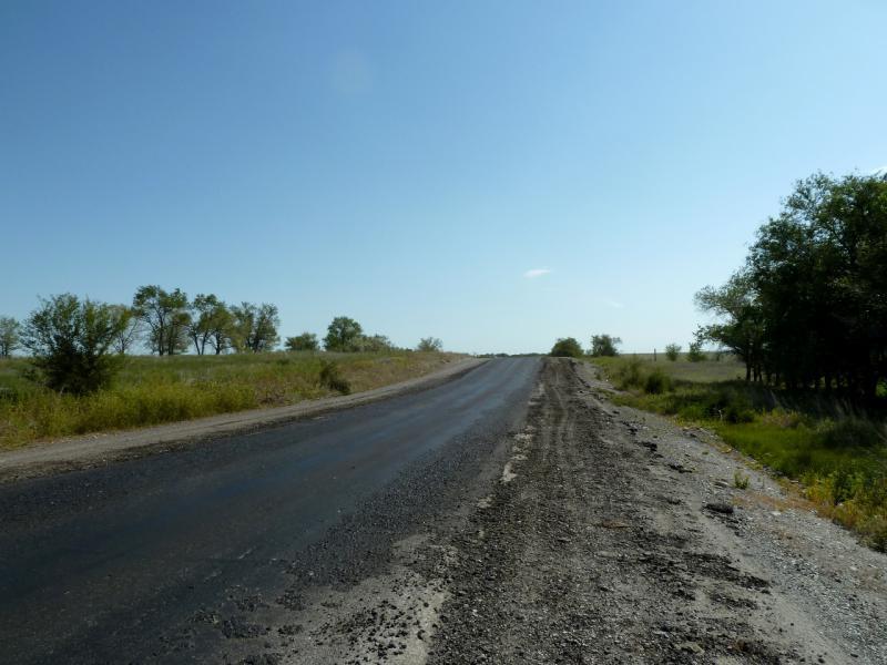 20130530. Псевдо-отремонтированная дорога A-350, в районе села Джансагурово.