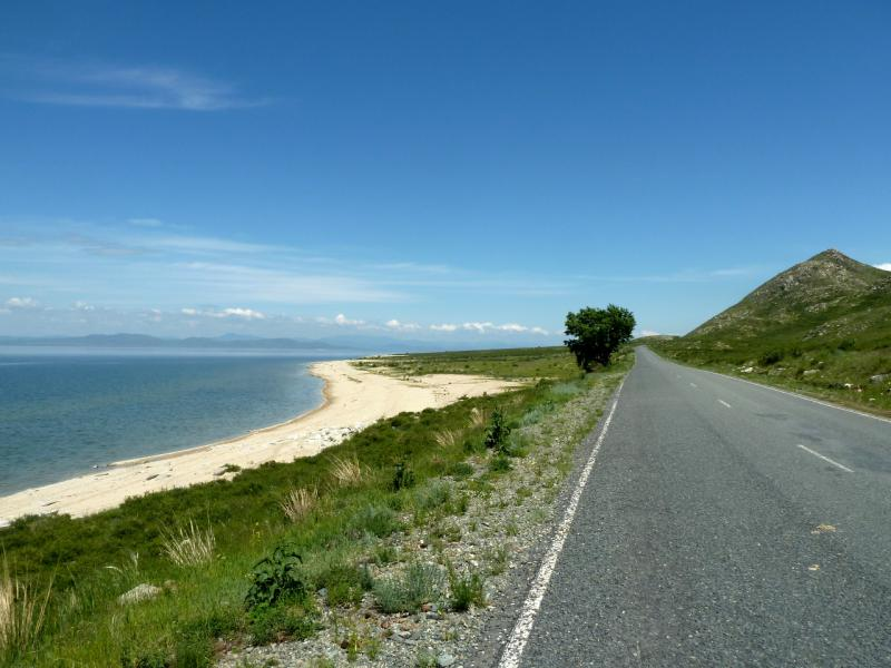 20130604. Пляжи у дороги неподалеку от поселения Свинчатка.