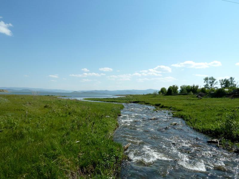 20130606. Речка Урунхайка в месте впадения в водохранилище.