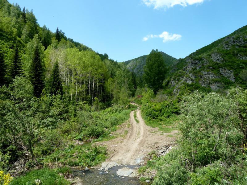20130607. Въезд в ущелье под горой Северной.