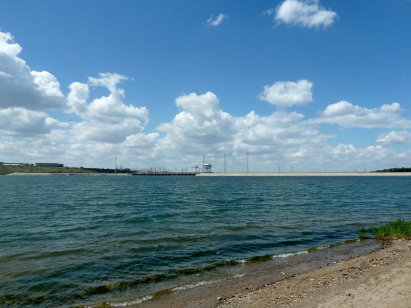 20130611. Вид с берега Шульбинского водохранилища на плотину ГЭС.