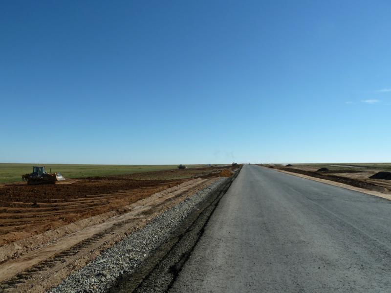20130908. Реконструируемый участок автодороги Калкаман-Баянаул.